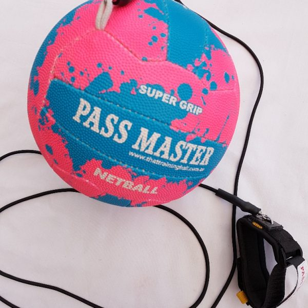 Netball size 5, skills netball trainer with bungee cord, netball, Pass Master - LR